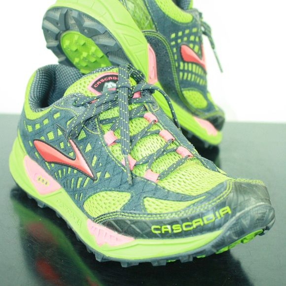 6ecd994d3fcd4 Brooks Shoes - Brooks Cascadia 7 Womens Trail Running Shoes Sneak